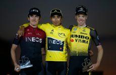 Kruijswijk (prvý sprava) na pódiu Tour de France 2019