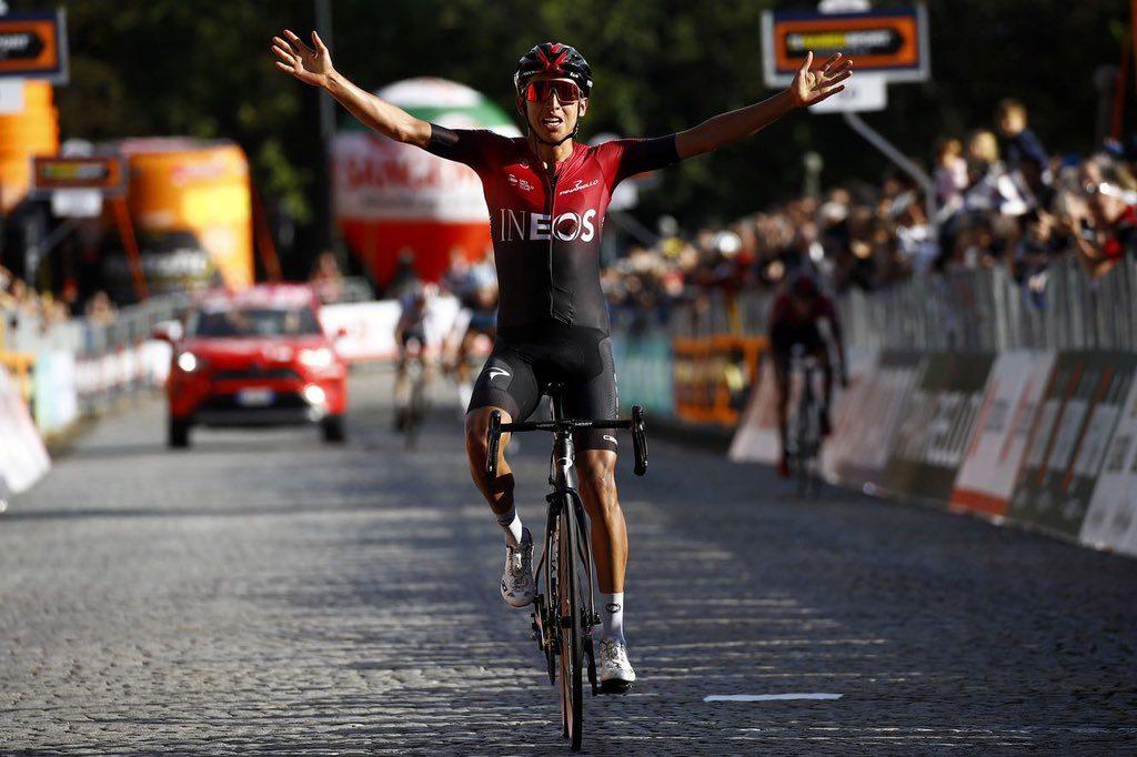 Bernal obhajuje Tour de France