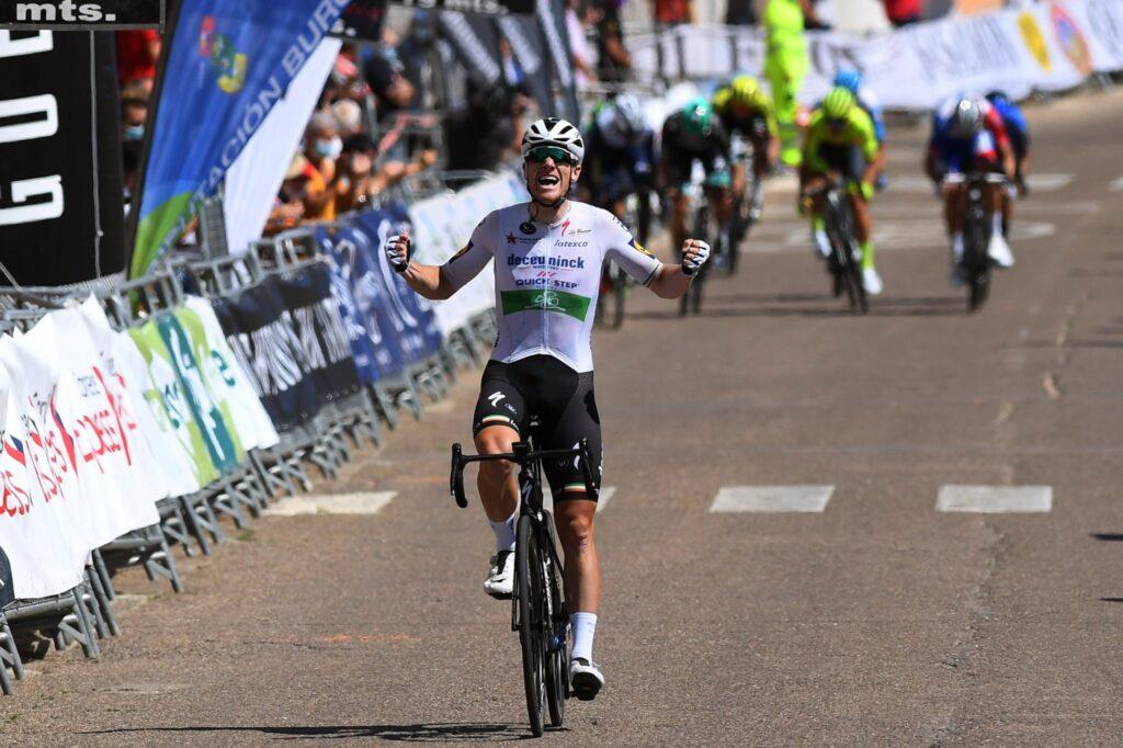 Sam Bennett vo 4. etape Vuelta a Burgos