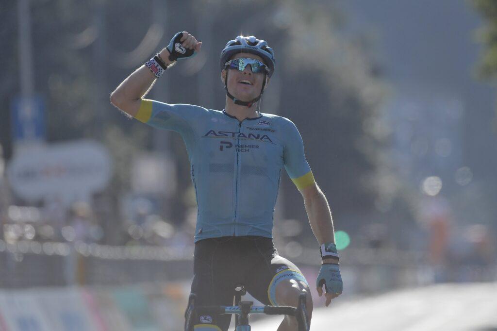 Fuglsang vyhral Okolo Lombardie 2020