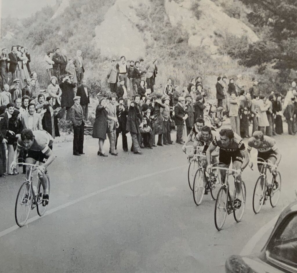 Francesco Moser útočí na M-SR 1976. Za ním víťaz Merckx, De Vlaeminck a Baronchelli