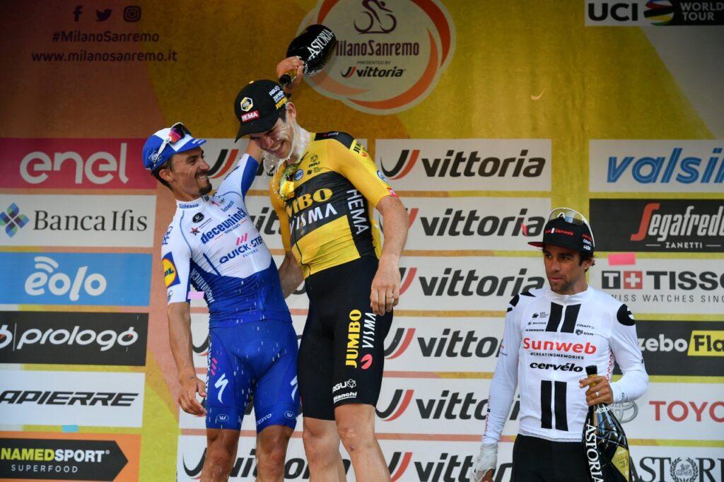 Van Aert Alaphilippe na pódiu Miláno - San Remo 2020