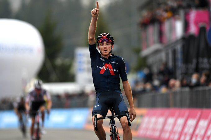 Tao Geoghegan Hart vyhral 15. etapu Giro d'Italia 2020