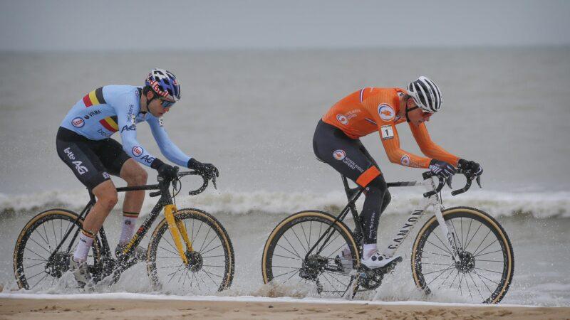 MS v cyklokrose 2021 Mathieu van der Poel Wout van Aert