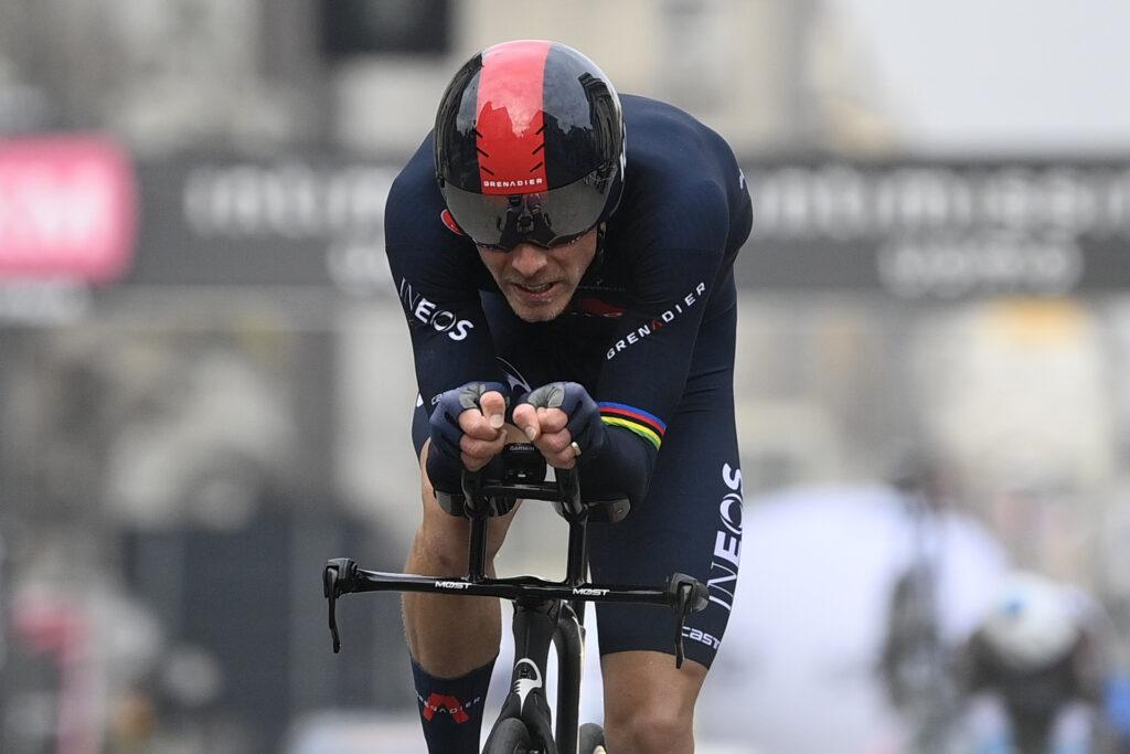 Rohan Dennis 2. etapa Okolo Katalánska 2021