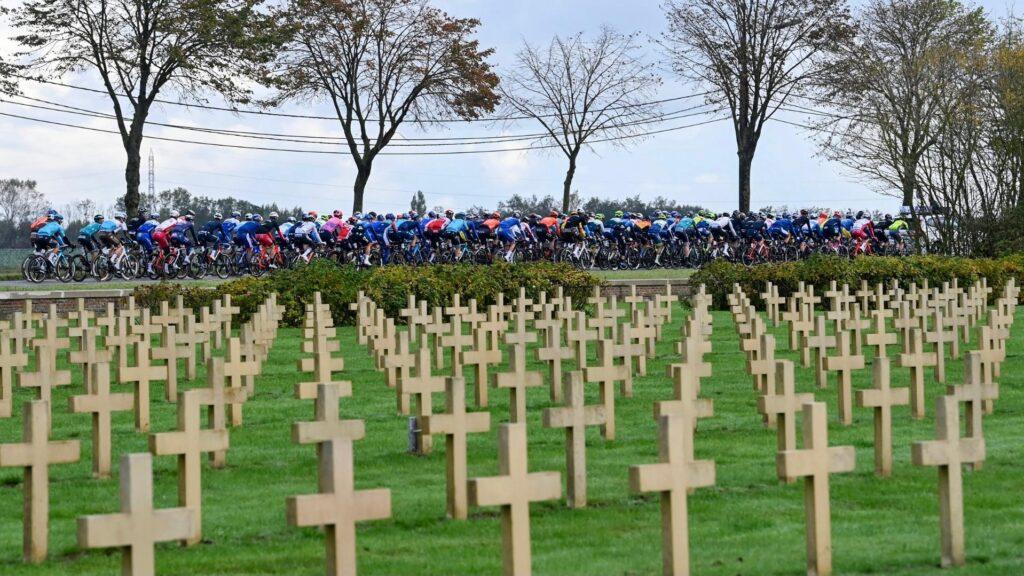 Cintorín Gent - Wevelgem 2021 pelotón