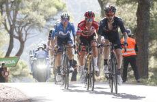 Adam Yates Primož Roglič Enric Mas celkové poradie Vuelta 2021