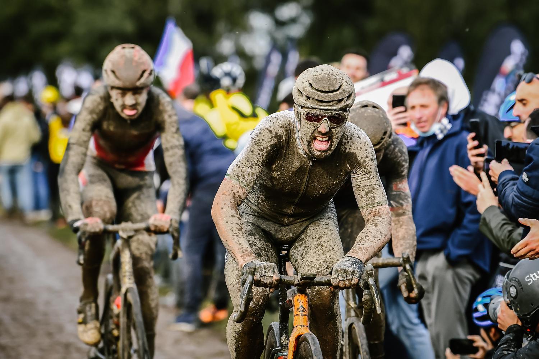 Sonny Colbrelli Florian Vermeersch Paríž - Roubaix 2021
